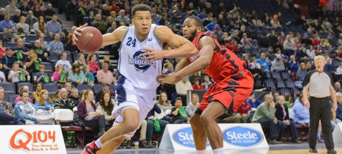 A fost în draftul NBA, acum vine la CSM Ploieşti: Kyle Hunt!
