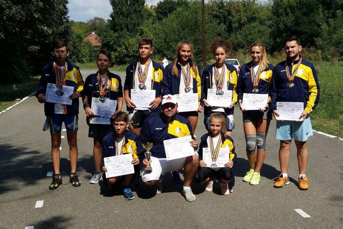 Patinatorii de la CSM Ploieşti s-au întors cu 49 de medalii de la Târgu Mureş!