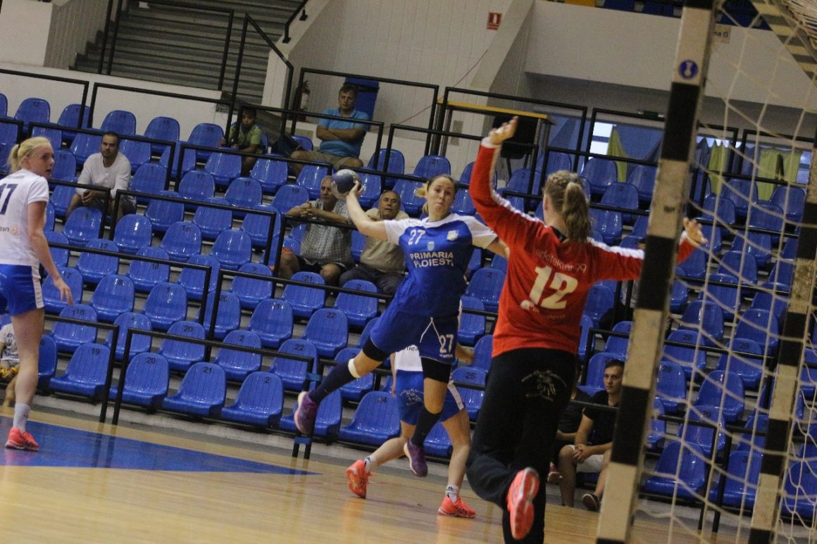 Galerie foto, Cupa EHF: CSM Ploieşti – HC Neistin 31-20 (15-8)!