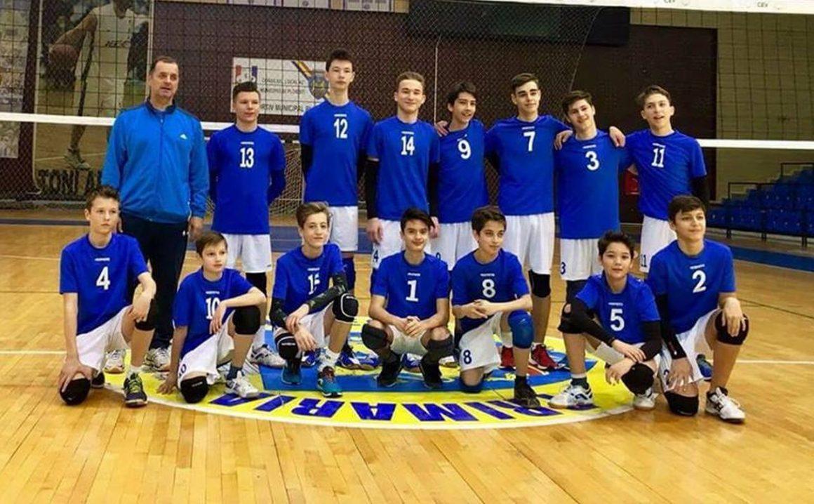 Voleibaliştii s-au calificat pentru faza semifinală a campionatului!
