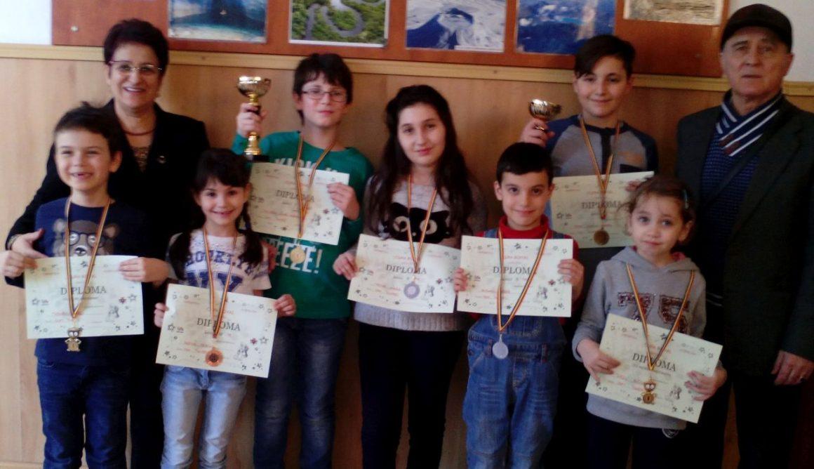 """Şahiştii de la CSM Ploieşti, 7 medalii la """"Cupa Royal""""!"""