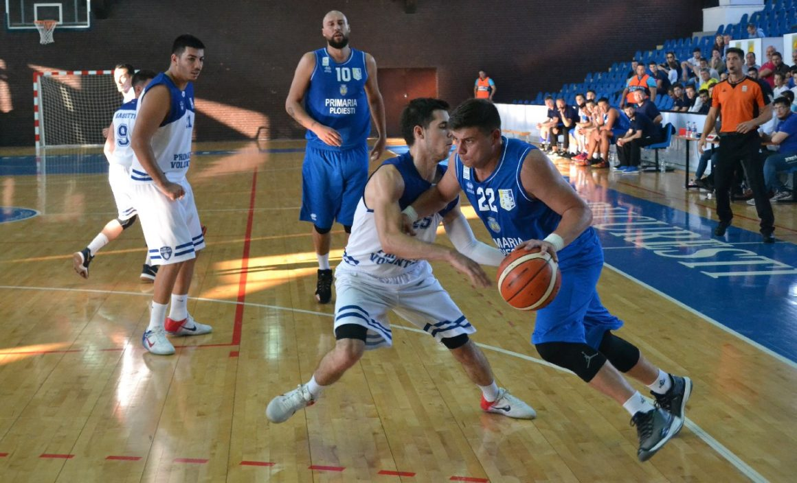 Debut perfect în Liga I de baschet masculin: CSO Voluntari – CSM Ploieşti 60-72!