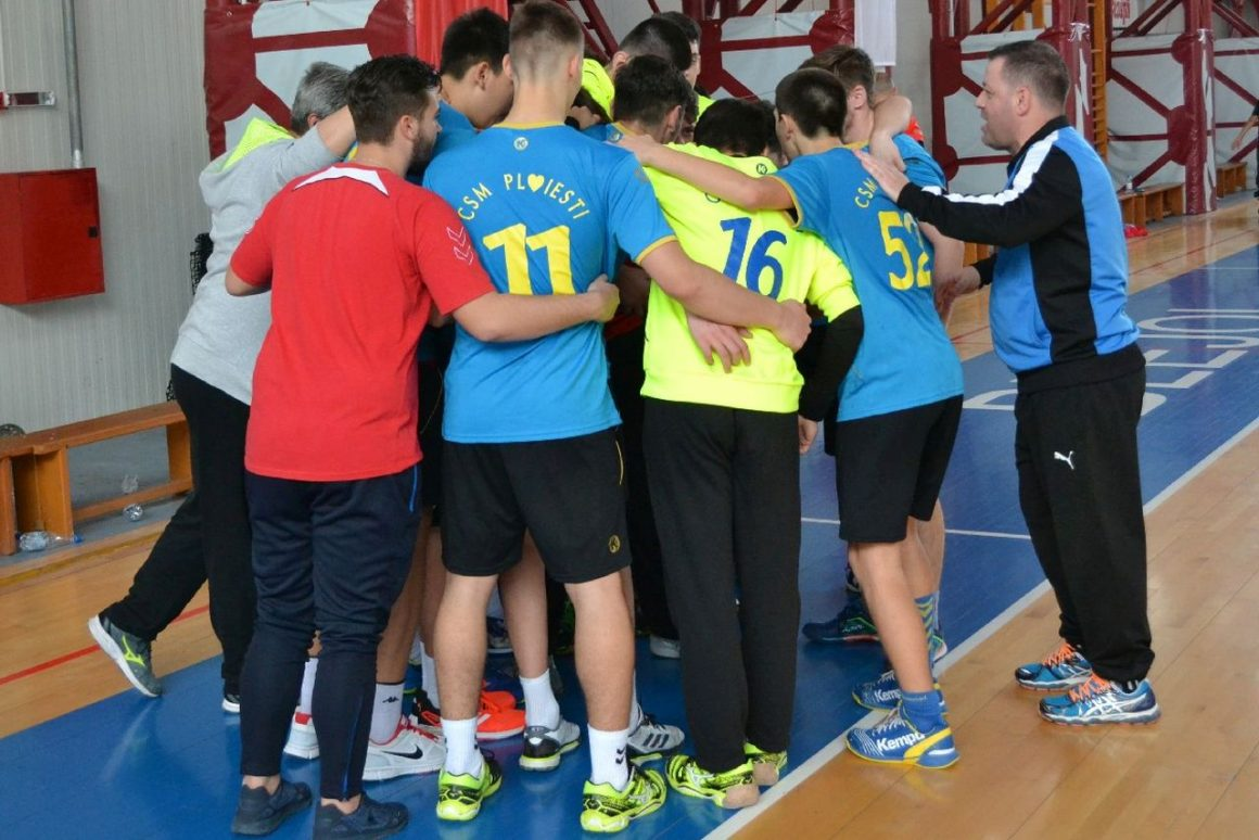 Echipa de handbal juniori 2 a ajuns la 13 victorii consecutive!