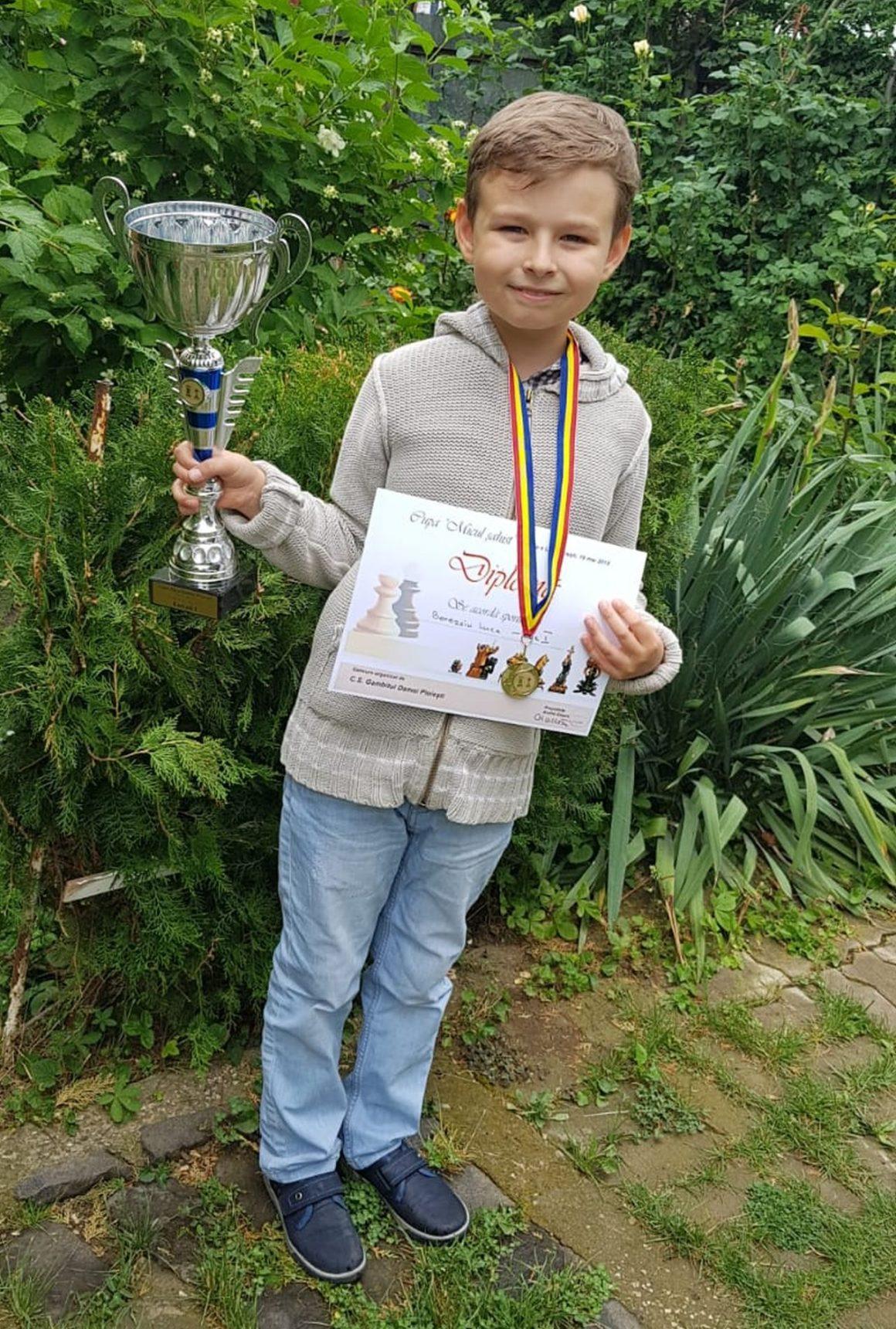 Patru medalii în trei concursuri, pentru şahiştii de la CSM Ploieşti!