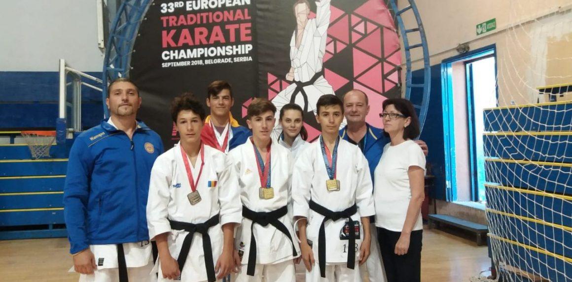 Sportivii de la CSM Ploieşti, 9 medalii la Campionatele Europene de Karate Tradiţional!