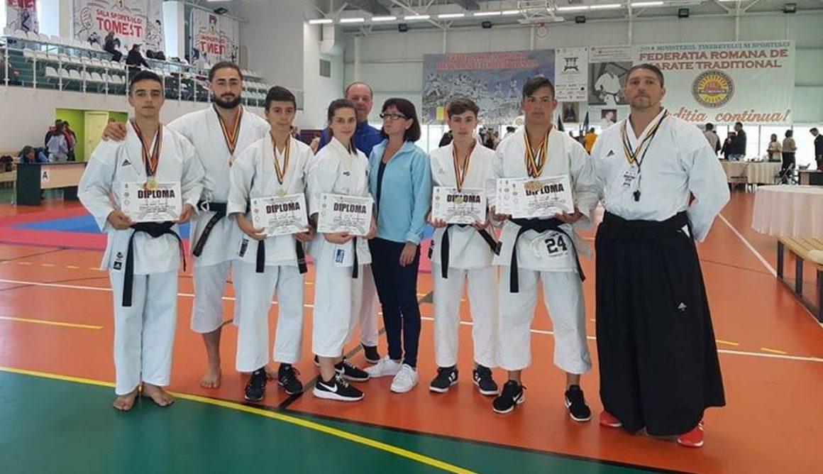 Sportivii de la CSM Ploieşti, 11 medalii obţinute la Campionatele Naţionale de Karate Tradiţional!