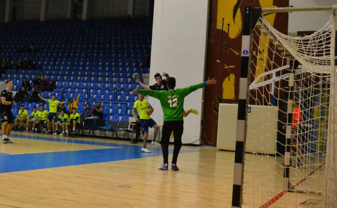 Echipa de handbal juniori 2, victorie clară, astăzi, cu Sporting Ghimbav!