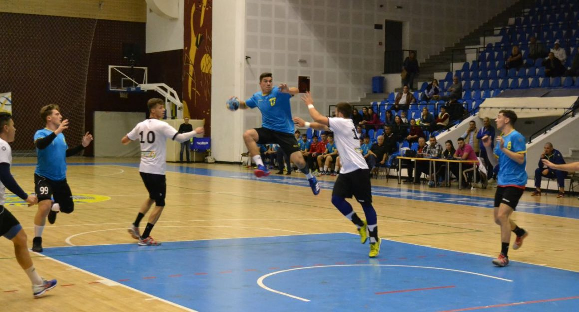 Echipele de handbal juniori, pe plus şi în acest weekend!