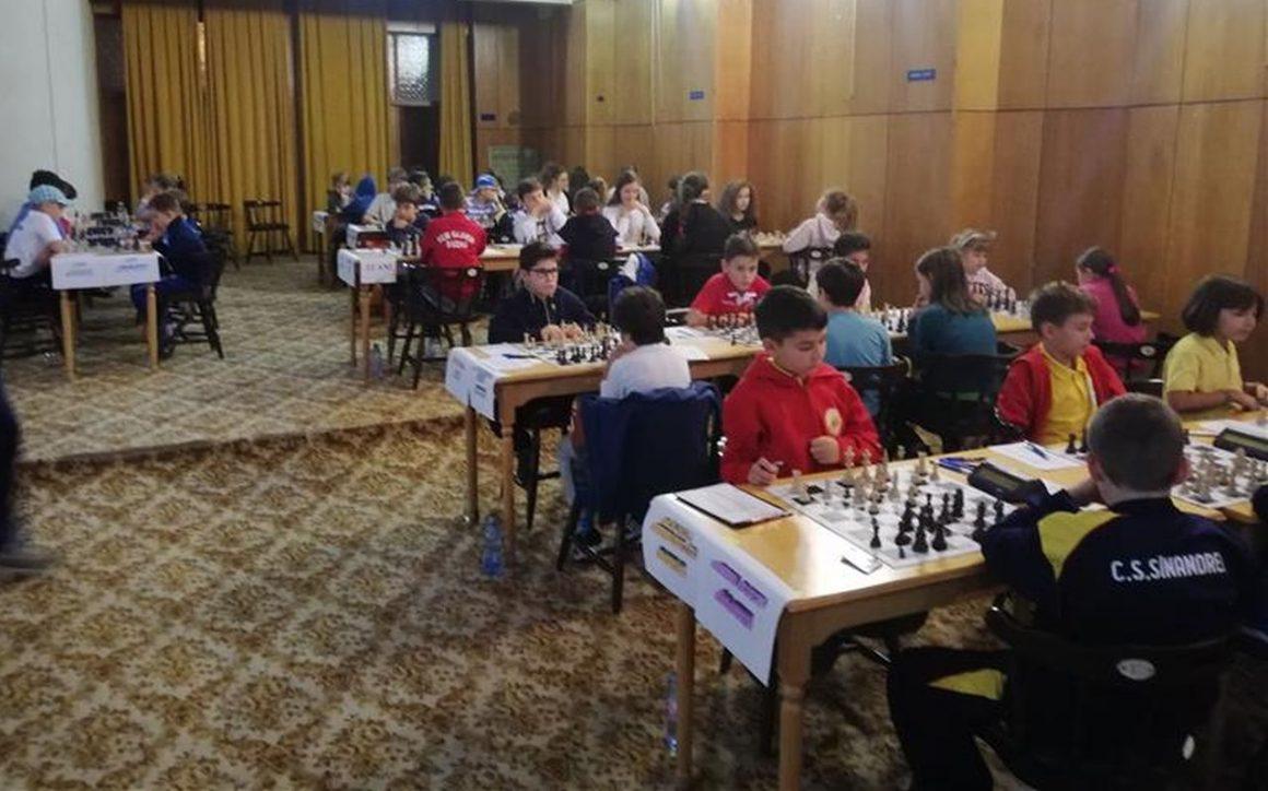 CSM Ploieşti, argint la Campionatul Naţional de Şah pentru Echipe Mixte Juniori!