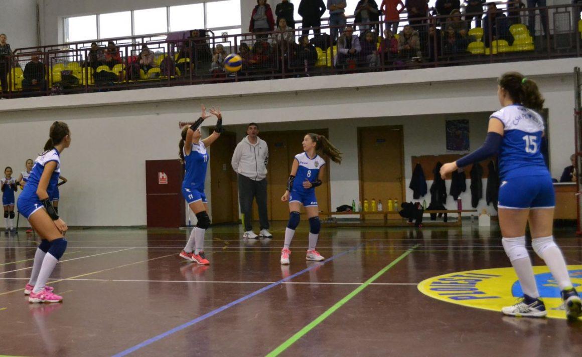 Echipa de minivolei fete merge cu victorii pe linie în faza semifinală a campionatului!