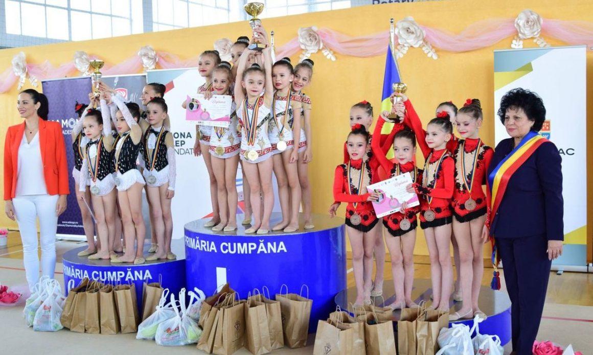 Gimnastele de la CSM Ploieşti, medaliate cu bronz la Campionatul Naţional pentru Copii!