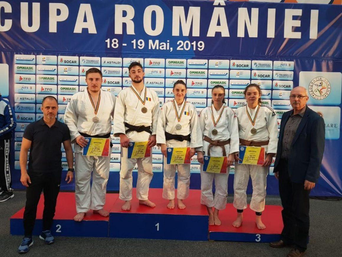 Judoka de la CSM-CFR-CSŞ Ploieşti se întorc cu şapte medalii de la Poiana Braşov!