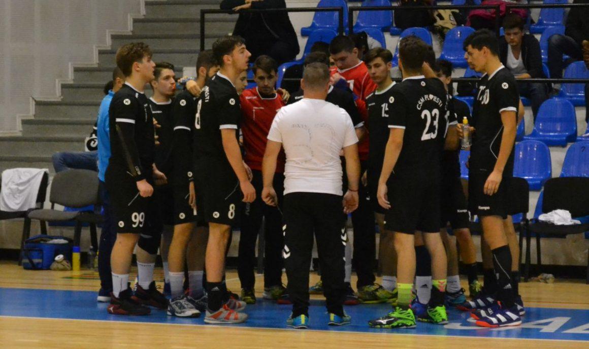 Echipa de handbal juniori 1, debut cu stângul la Turneul final de la Cluj!