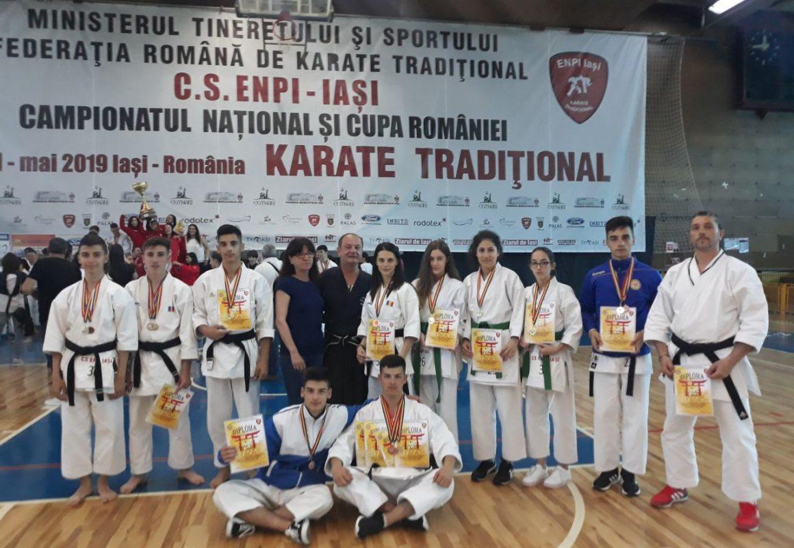 CSM Ploieşti, 16 medalii obţinute la Campionatul Naţional de Karate Tradiţional, de la Iaşi!