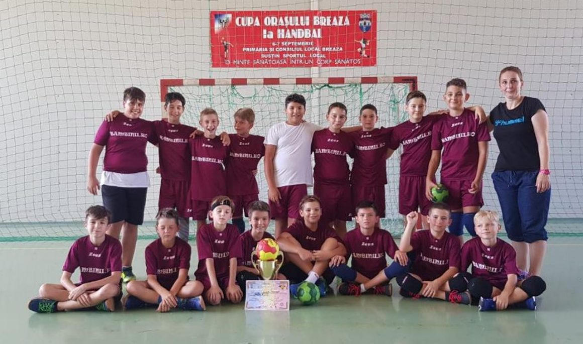 """Echipa de handbal juniori 4, locul al III-lea la """"Cupa Oraşului Breaza"""""""
