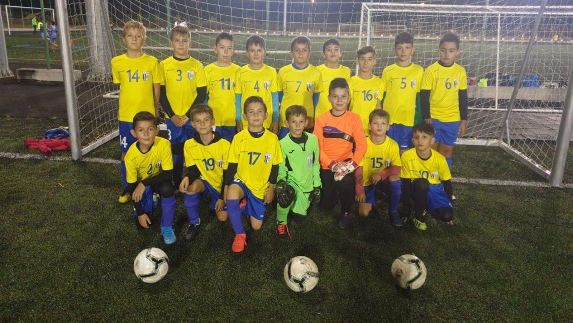 Echipa de fotbal juniori E a CSM Ploieşti, învingătoare în restanţa cu CSO Mizil!