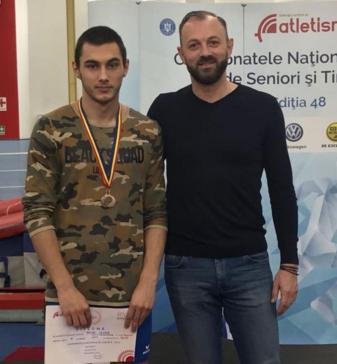 Atletul Mihai Lazăr, bronz la Concursului Naţional de probe neclasice şi Ştafete!
