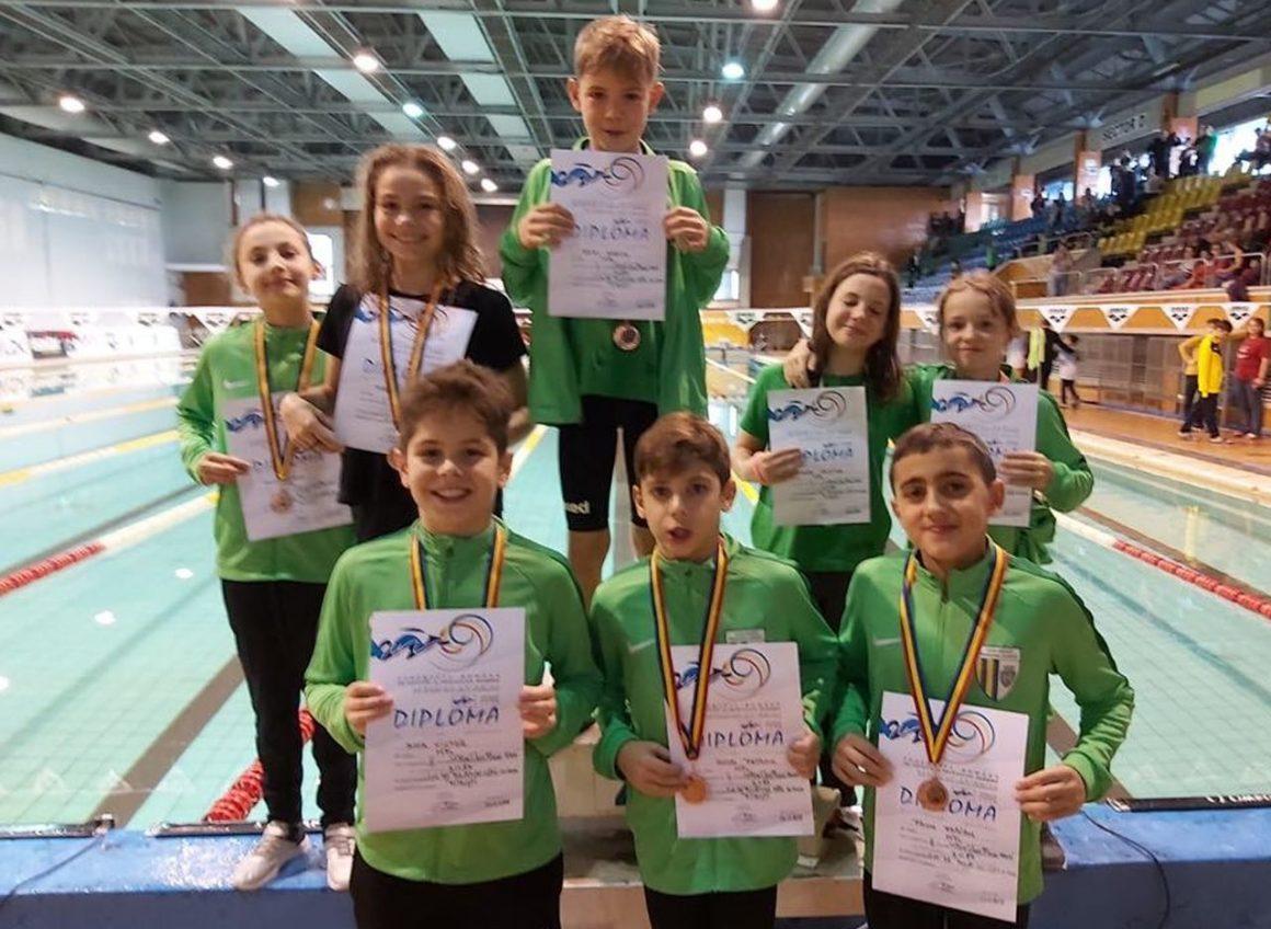 Înotătorii de la CSM Ploieşti, şapte medalii obţinute la Campionatul Naţional de Poliatlon, de la Piteşti!