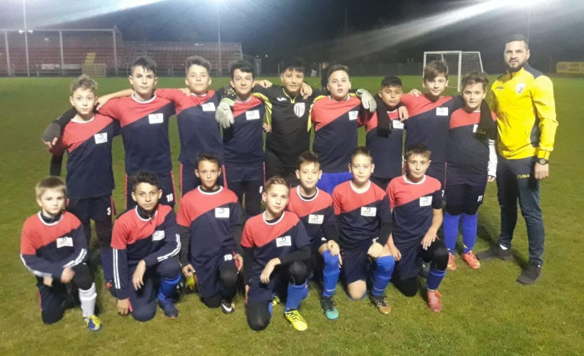 Echipa de fotbal juniori D a încheiat turul cu o victorie
