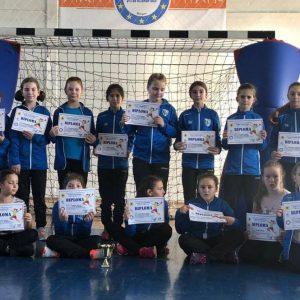 """Echipa de minihandbal fete, prezentă la Cupa """"Transilvania"""" – ediţia a 3-a!"""