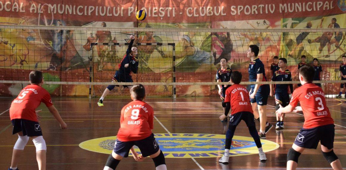 Echipele de minivolei ale CSM Ploieşti s-au calificat la turneele semifinale!