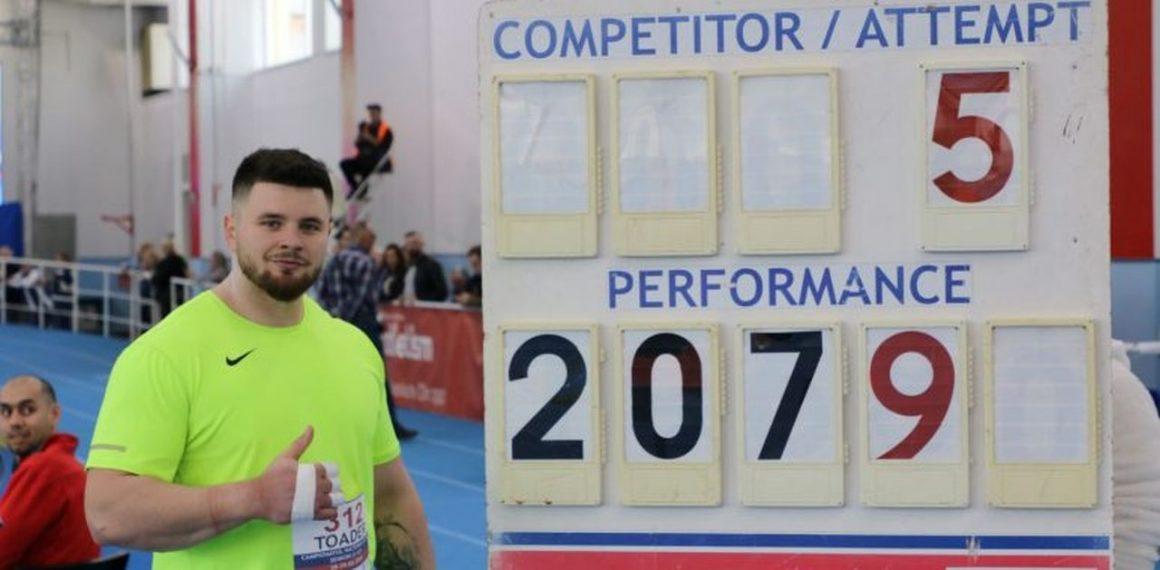 """Atletul Rareş Toader, campion naţional la aruncarea greutăţii, cu """"personal best""""!"""