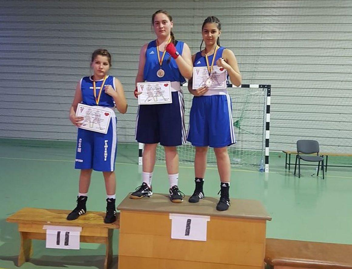 Fetele, trei din trei la Cupa României la box: două medalii de aur şi una de argint!