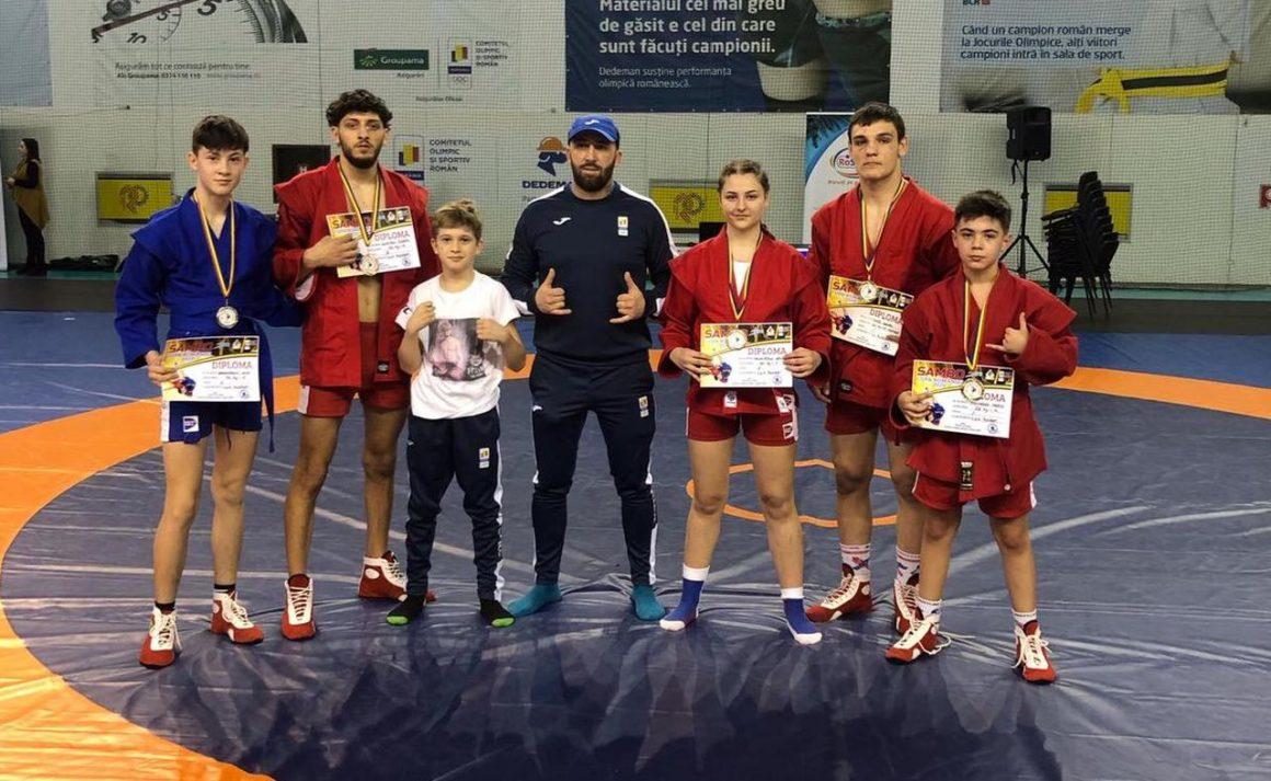 Sportivii secţiei de sambo, cinci medalii obţinute la Cupa României pentru seniori!