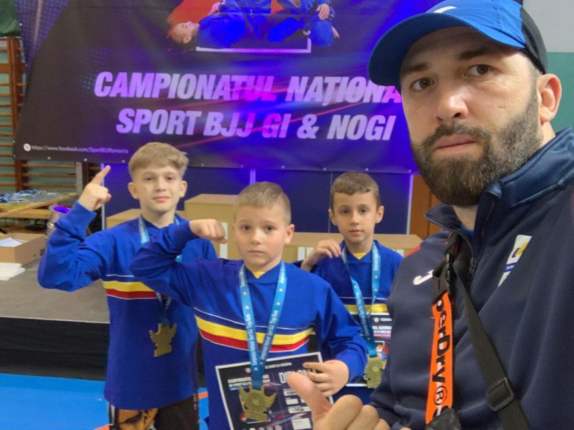 Sportivii secţiei de sambo vin cu 6 medalii de la Campionatul Naţional de Sport BJJ!