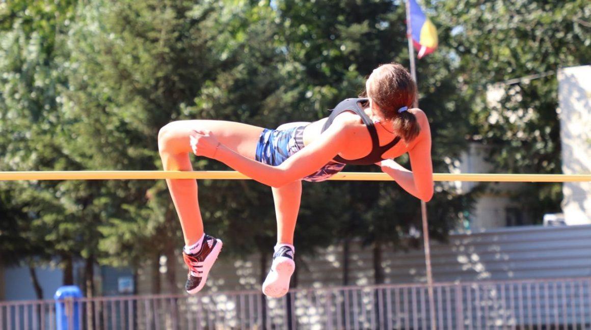 Atleta Teodora Iancu, argint la junioare 2 la Campionatul Naţional pe Probe Combinate!