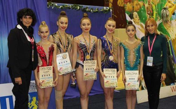 Gimnastele de la CSM Ploieşti, vicecampioane naţionale de senioare, în concursul pe echipe!