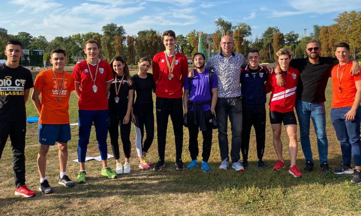 Atleţii de la CSM Ploieşti, trei medalii de argint obţinute la Campionatul Naţional de Ştafete!