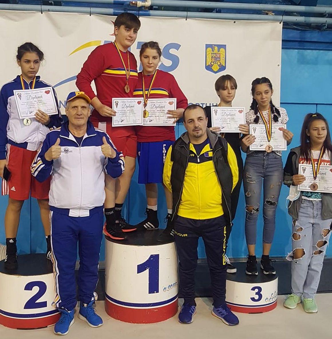 Sportivele de la CSM Ploieşti, şase medalii obţinute la Campionatul Naţional de Box feminin!
