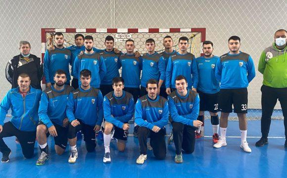 Echipa de handbal seniori a CSM Ploieşti, victorie clară cu CSM Bacău 2: 38-32!