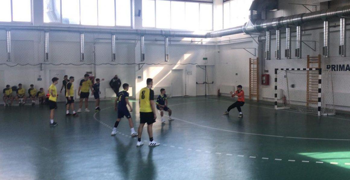 Handbal: juniorii 2 încheie turneul de la Moreni pe poziţia a 4-a a clasamentului!