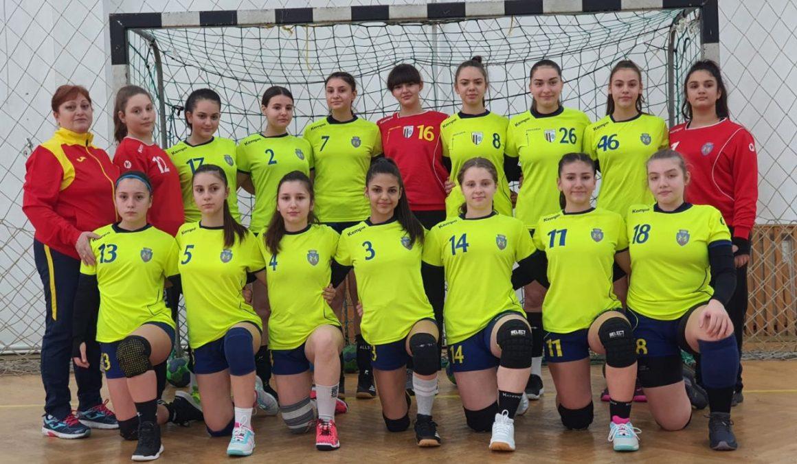 Handbal, junioare 3: trei meciuri, trei victorii în turneul de la Râmnicu Vâlcea!
