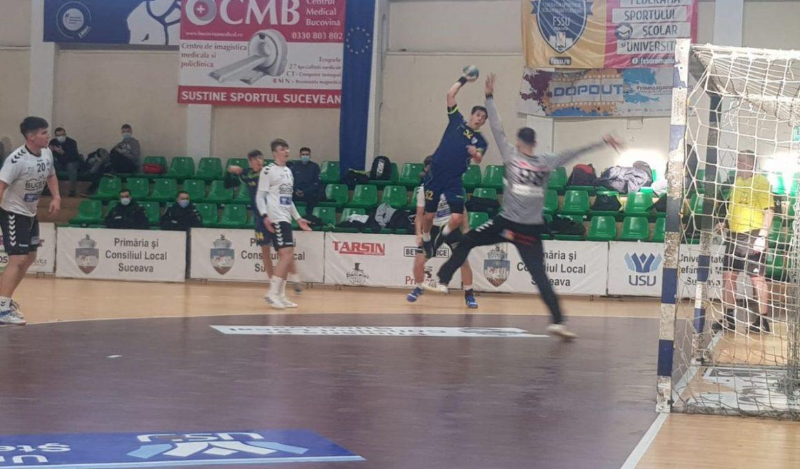 Echipa de handbal masculin, eşec la debutul în turneul de la Suceava: 31-37 cu gazdele de la CSU!