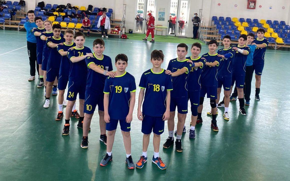 Echipa de handbal juniori 3, victorii pe linie şi în turneul de la Moreni!