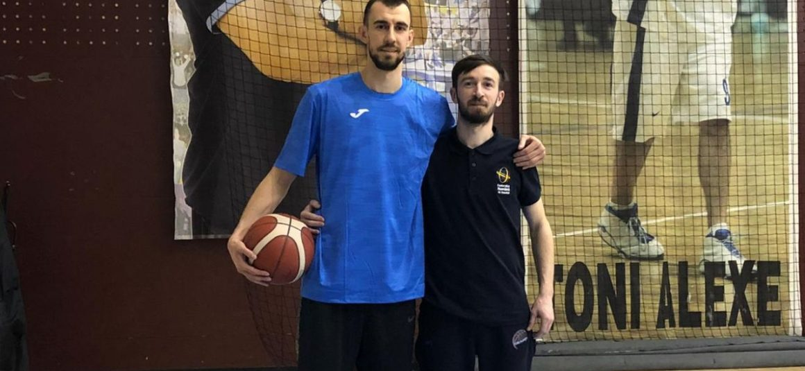 Mutare pentru performanţă la echipa de baschet masculin: Vlad Negoiţescu vine la CSM Ploieşti!