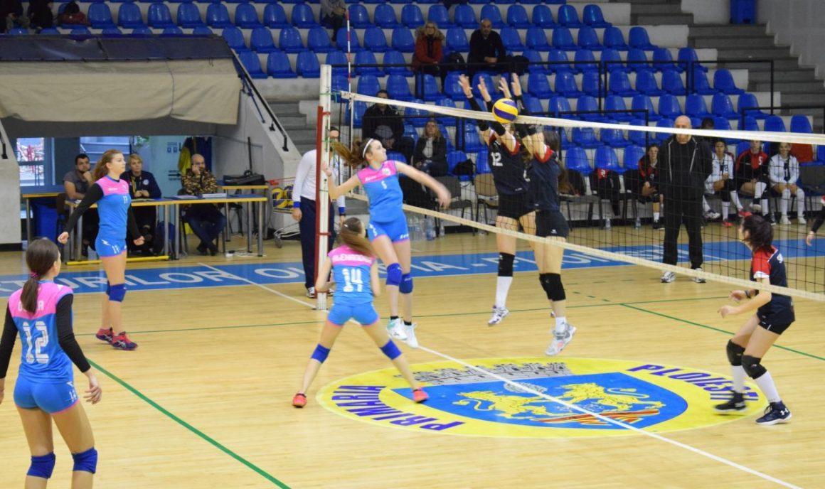 Echipa de volei junioare debutează marţi, la Braşov, în noul sezon!