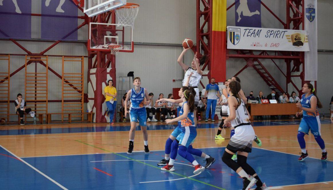 """Echipa de baschet fete """"U15"""", start lejer la Turneul Final: 90-38 cu CSŞ Craiova!"""