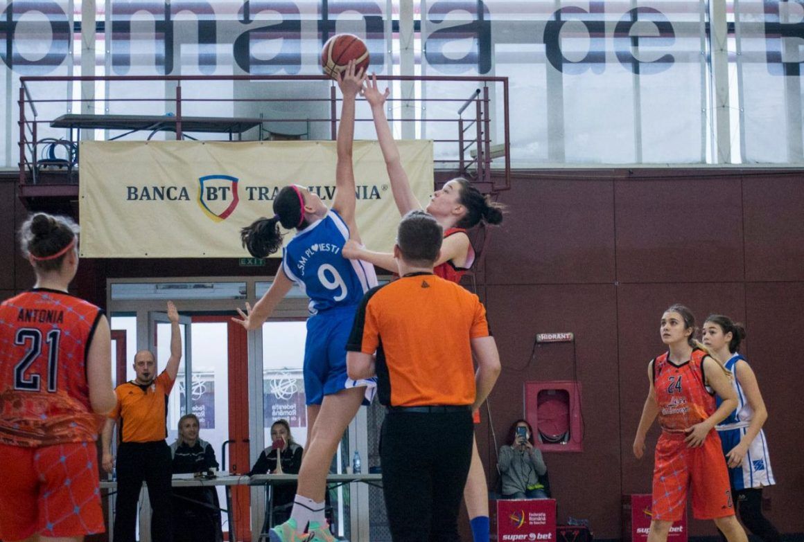 """Echipa de baschet fete """"U15"""", în formă înaintea Turneului Final al campionatului!"""