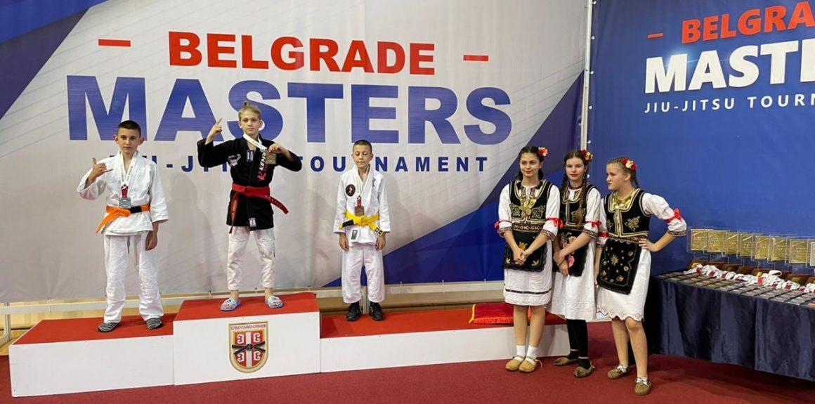 """Edwin Petrea, medalie de aur la Concursul Internaţional """"Belgrade Masters Grappling""""!"""