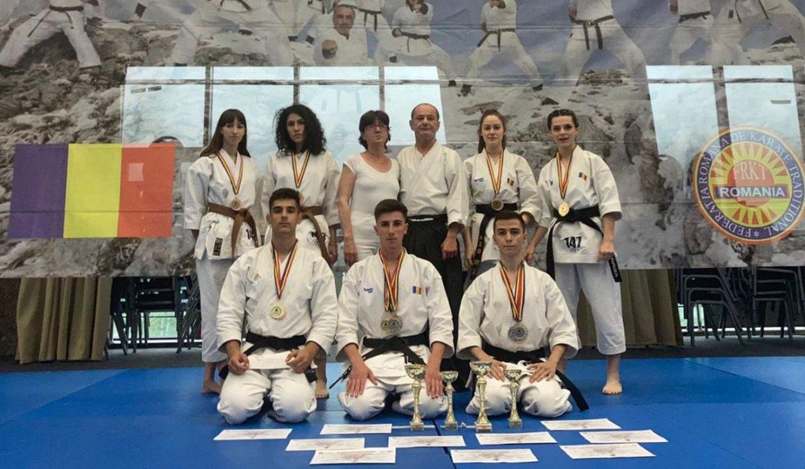 Sportivii de la CSM Ploieşti, 16 medalii cucerite la Campionatul Naţional de Karate Fudokan!