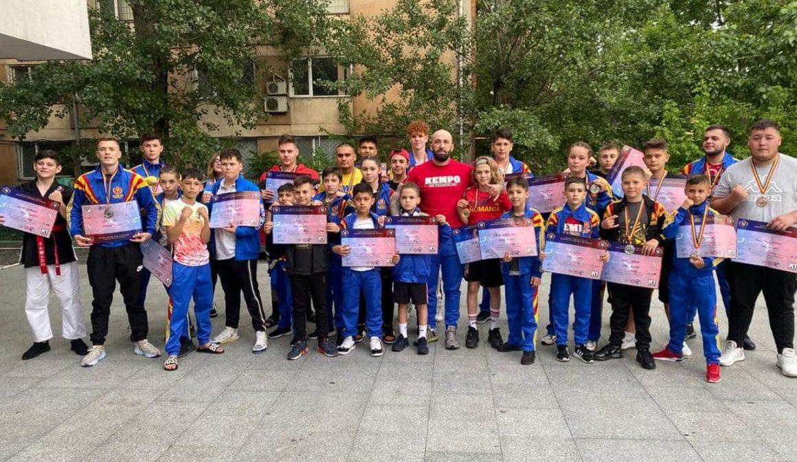 Sportivii de la CSM Ploieşti, 16 medalii obţinute la Campionatul Naţional de Kempo K1!