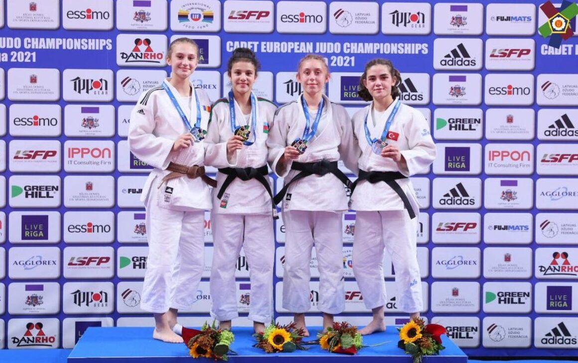 Judoka Vanessa Tolea este vicecampioană europeană de cadeţi!