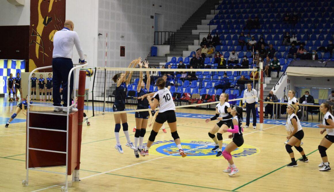 Echipa de volei cadete, învinsă la debutul în ediţia de campionat 2021-2022