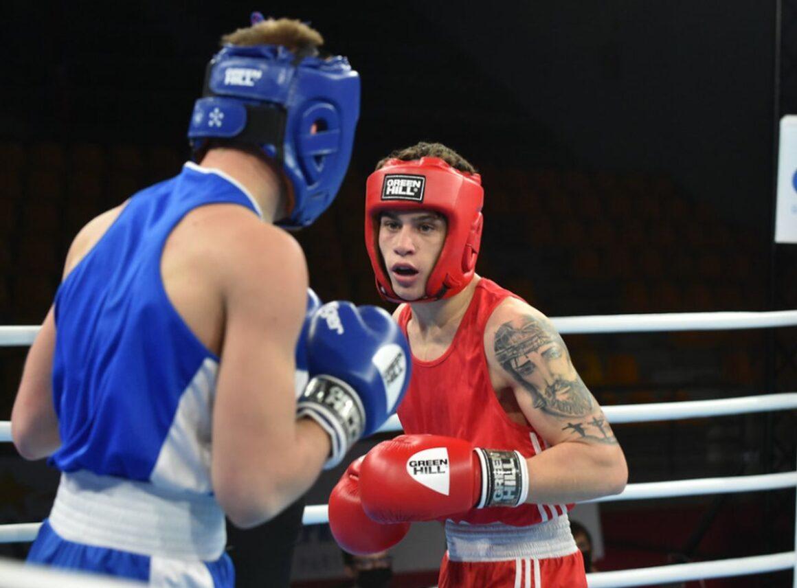 """Box: Iulian Dumitrescu, încă un pas spre medalii la """"europenele"""" de la Budva!"""